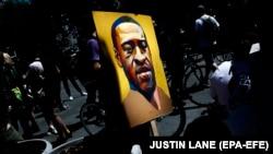 "Protest ""Black Lives Matter"" u Brooklynu, New York, SAD, 8 juna 2020."