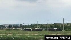 Лагерь российских военных у реки Биюк-Карасу в Белогорском районе Крыма