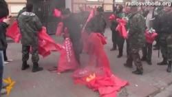 Міліція не змогла звільнити офіс КПУ, зайнятий націоналістами