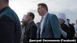Премьер-министр России Дмитрий Медведев и губернатор Севастополя Дмитрий Овсянников. 29 июля 2018 года, Севастополь