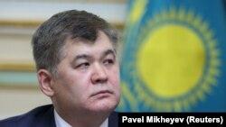 Елжан Биртанов в бытность министром здравоохранения Казахстана.