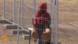 Меркел: мигрантите поголем предизвик од грчката криза