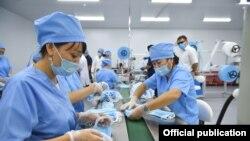 СМИ: Власти Кыргызстана закупали маски и респираторы по завышенным ценам