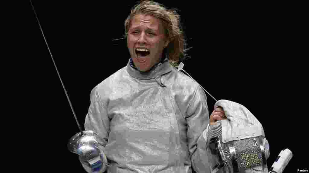 Ukraynalı Olga Kharlan ABŞ-dan olan idmançı Mariel Zagunisa (Qılıncoynatma) qalib gələrək bürünc medal qazanıb.