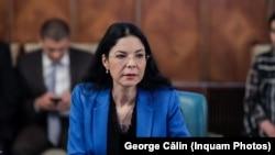Ana Birchall, încă ministru al Justiției, după ce președintele Klaus Iohannis refuză să semneze decretul de revocare din funcție.