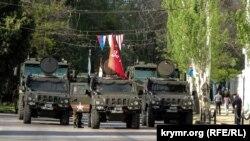 Фоторепортаж: Репетиция военного парада в Керчи