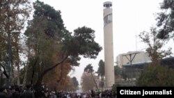 Иранда бир жыл ичиндеги демонстрацияларда 5000 ашуун адам камалды