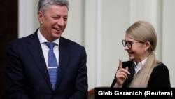 Голова «Опоблоку» Юрій Бойко і керівник партії «Батьківщина» Юлія Тимошенко. Київ, 1 листопада 2018 року