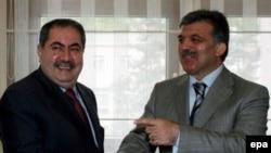 هوشيار زيباری وزير امورخارجه عراق برای ترغيب ترکيه به شرکت در نشست شرم الشيخ، با عبدالله گل وزير خارجه ترکيه ملاقات کرد