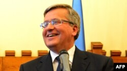 Polish President Bronislaw Komorowski (file photo)