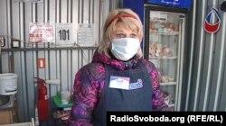 Продавчиня на ринку в окупованому Донецьку