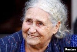 İngilis yazıçısı Doris Lessinq