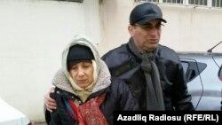 Лейла і Аріф Юнус після виходу з в'язниці в Баку, архівне фото
