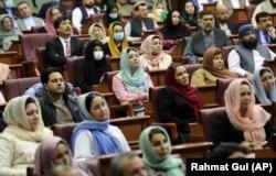 Potrivit lui Barakzai, până recent fetele și femeile puteau merge liniștite la școală și puteau să spere la a deveni lideri politici în viitor. Acest lucru riscă să dispară odată cu întoarcerea talibanilor la putere.