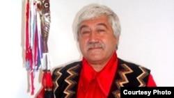 Хакасский этнограф, профессор Астайбек (Виктор) Бутанаев. 1990-е годы.