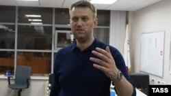 Алексей Навальный в офисе своего Фонда борьбы с коррупцией. 16.01.2015