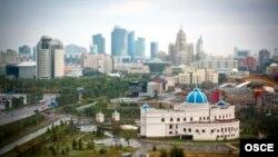Астананың әкімшілік ғимараттары. (Көрнекі сурет)