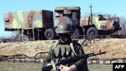 Sisteme de rachete S300 în Sevastopol, după anexarea Crimeei de către Rusia, martie 2014