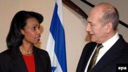 به گفته خانم رایس ، «شاید، در حال حاضر باید دیپلماسی تهاجمی را در برابر رژیم ایران در پیش گرفت.»