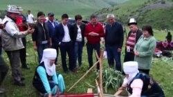 Өзбекстандык жаштар жайлоого барышты