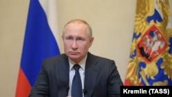 Путин бори 12-ум аст, ки тавассути телевизион ба мардумаш муроҷиат мекунад