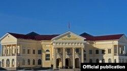 Башкы прокуратуранын имараты. Бишкек шаары.