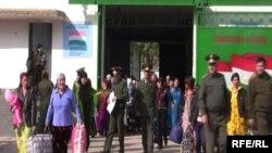 Дар зиндони занонаи шаҳри Норак тахминан 400 нафар нигаҳдорӣ мешавад ва шумори зиёди онҳо барои қочоқи маводи мухаддир ҳабс шудаанд