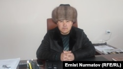 Өскөнбай Жээнбаев.