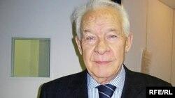 Ахсарбек Галазов