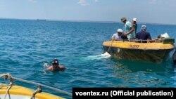 Пошуки затонулої бронемашини в Керченській протоці, липень 2020 рік