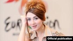 «Eurovision 2012»-də Azərbaycanı təmsil edəcək Səbinə Babayeva (Foto: Eurovision.az)