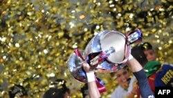 """""""Барселона"""" в финале Лиги чемпионов выиграла у """"Манчестер Юнайтед"""", Рим, 27 мая 2009 г"""
