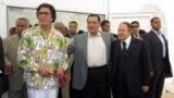Лидеры Ливии, Египта и Алжира Муаммар Каддафи (слева), Хосни Мубарак (в центре) и Абдель Азиз Бутефлика (справа). Ливийский город Сирт, 2005 год