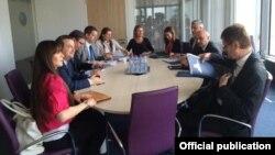 Sa poslednjeg briselskog sastanka delegacija Srbijei Kosova