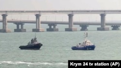روسیه کشتی های توقیف شده اوکراین را به این کشور تسلیم کرد.