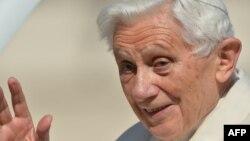 Рим папасы Бенедикт-XVI