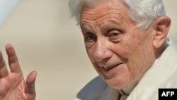 Benedikt XVI., Vatikan, 2013.