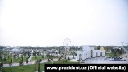 Яке аз паркҳои шаҳри Тошканд.
