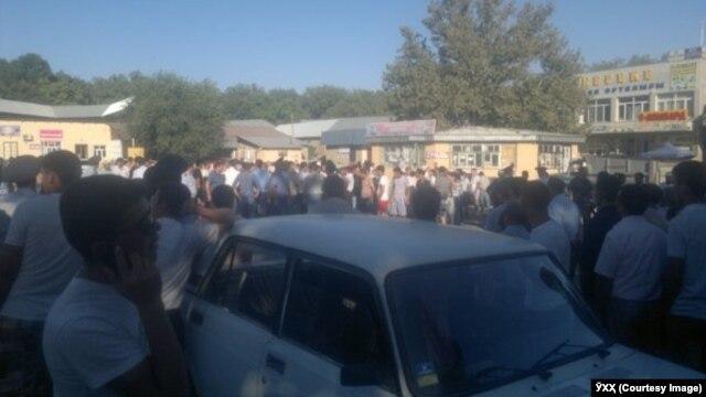 Инцидент в центре села Карамурт Сайрамского района Южно-Казахстанской области. 27 августа 2014 года.
