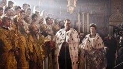 «Матильду» в Симферополе встретили молитвами