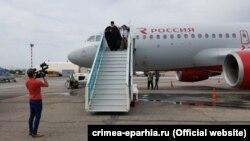Голова РПЦЗ в аеропорту Сімферополя, архівне фото
