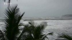 Uragani Maria godet ishujt Karaibe