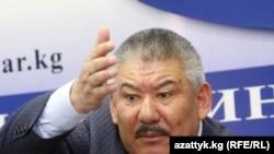 """Азимбек Бекназаров """"Кабар"""" агенттигиндеги маалымат жыйынында, 14-сентябрь."""