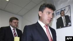 Немцов и Белых в основном критиковали власть и говорили о том, что выборы были не очень справедливыми