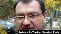 Украинада сотталып жатқан Ресей азаматы Александр Александровтың адвокаты Юрий Грабовский.