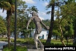 Бэтонныя піянэры, сьведкі савецкай мінуўшчыны