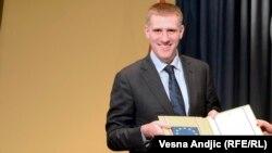 Министерот за надворешни работи на Црна Гора Игор Лукшиќ