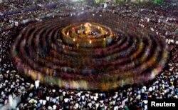 Один из индусских фестивалей в штате Гуджарат