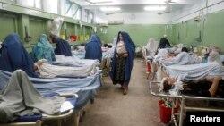 Повредените во земјотресот во болница во Џалалабад