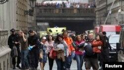 Praqada baş verən partlayışda 35 nəfər yaralanıb